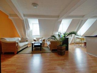 Freundliche komplett ausgestattete 95qm Wohnung im Zentrum der Altstadt!