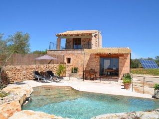 Dreamlike exclusive small finca with pool, endless views, heating, air
