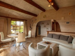 renovated block house Walrand slopeside, magnificient view, modern and new