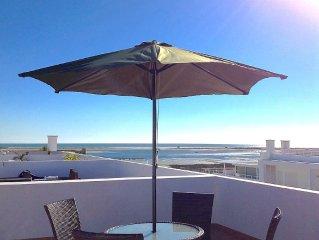 Appartement direkt am Strand von Fuseta mit eigener Dachterrasse.   (11751/AL)
