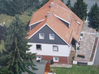 Large house, 5 minutes to the ski area, family-fr