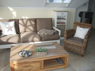 Above the rooftops of Zingst, Apartment with Internet, only 200m to the beach,