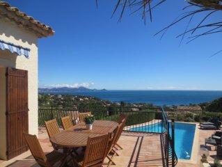 Luxury villa, panoramic sea views, beach 400 m, heated pool, air conditioning,