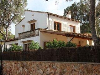 Villa Katy - Ferienhaus in Cala Santanyi, 300 m zum Strand, Heizung, 2017 Pool
