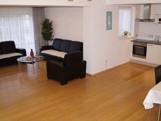 Luxus Ferienhaus, 6 Zimmer, A3 Anbindung 8 min bis Köln-Messe, City nah, 180qm
