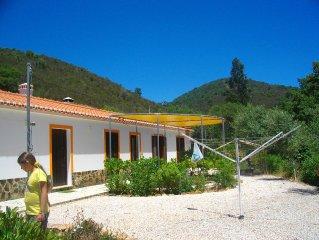Ferien in geschützter Natur in renoviertem Lehmbauernhaus mit heutigem Standard