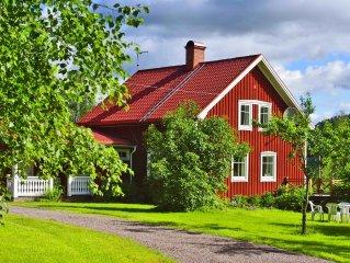 Idyllisches Schwedenhaus mit herrlichem See-Blick und 400 m eigener Uferlinie