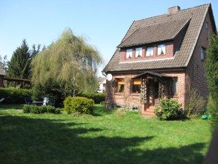 Freistehendes, gemutliches Ferienhaus mit grossem Garten