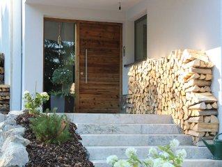 90 qm Wohlfühl-Garantie in exklusivem Apartment mit Alpenholzflair