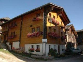 Günstige Ferienwohnung im schönen Goms, perfektes Wander-Bikegebiet., vacation rental in Canton of Valais