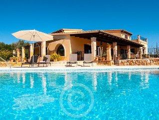 Ferienhaus; gut ausgestattet, viel Platz und schone Aussichten.