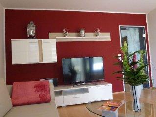 In 2014 komplett renovierte,helle und geschmackfoll eingerichtete 2Zimmerwohnung