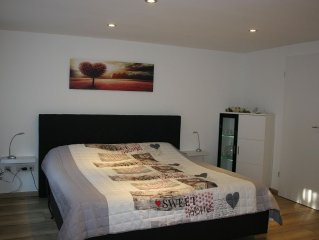 Comfortable apartment with sep. Input u. Top connection u to Aachen. Eifel