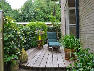 BERGEN: pretty apartment 'Hortensia' with terrace and garden, beach, Wifi