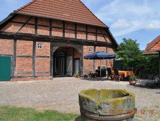 Ruhe genießen in großem Bauernhaus, zentrale Lage zu Freizeitparks & Heide
