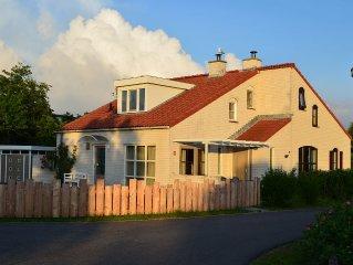 Beautiful, recently modernized holiday home, De Cocksdorp, De Krim (441)