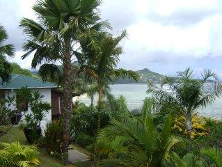Einmalige Aussicht auf Ozean, Garten, Strand 3 Gehminuten, free WIFI