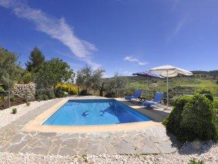 Reizendes Haus mit grossem Pool