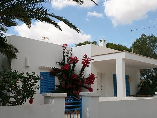 Newly built chalet right next to the picturesque harbour of Cala Figuera