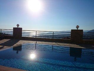 180 m2 Villa mit tollem Meerblick, eigenem Pool, 3 Schlafzimmer, 2 Bader