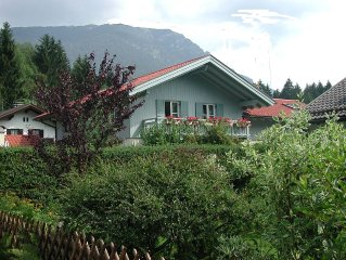 Schöne, ruhige 3- Zim.- 75 m² Fe- Wo, eigener Eingang, kl. Garten,Toplage super