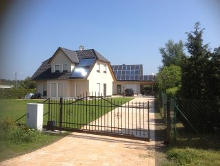 Quiet on the edge of a forest cottage is located on Darß - your holiday on the