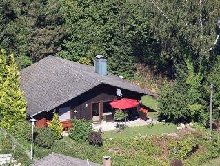 Hubsches, romant. Holzhaus (Nationalparknahe) in ruhiger, sonniger Aussichtslage