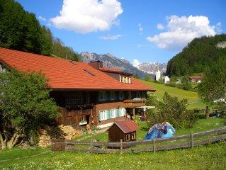 Allgauer Bergbauernhaus, in einzigartiger Lage - Bergbahnticket inklusive