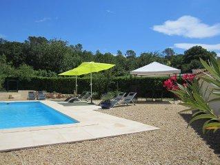 Fortunie -Provencalisches Landhaus, renoviert, großer Pool, ruhig, am Weinberg