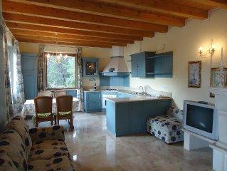grosse Wohnung mit tollem Blick in ruhiger Lage, 200m zum See, bis 5 Pers.