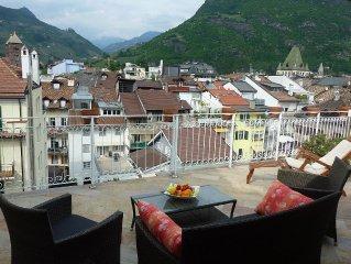 in Altstadt, luxuriös ausgestattet mit sonniger Dachterrasse