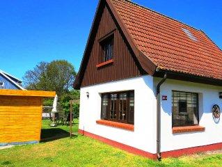 Erholung auf viel Grundstuck und modernem Ferienhaus im Ostseebad Prerow