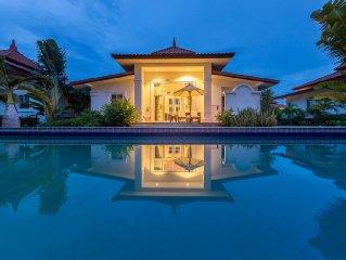 Luxury Villa with 50m Pool im Banyan Golf-Resort, Hua Hin