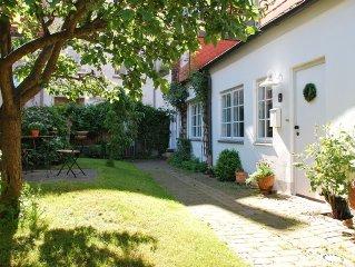 ruhiges Ganghaus mit Gartenterrasse inmitten der Lubecker Altstadt