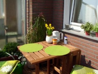 Liebevoll ausgestattete und ruhige Gästewohnung mit Balkon