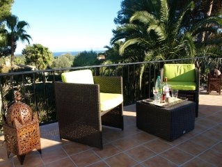 Peacefully located, large garden, sea view, 1000m to beach
