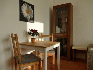 Gemutliche Wohnung nahe Radweg & Zentrum, Vis a Vis Schloss Ubigau, inkl. Rader