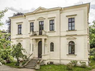 Historische Elbvilla - zu Fuß und per Rad in die Neustadt und ins Zentrum.