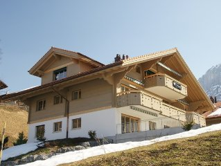 Exclusive holiday home with panoramic view to the Eiger Nordwand