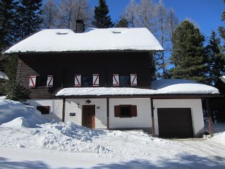 Cozy Lodge at 1700m with sauna and whirlpool, directly in the ski and hiking ar