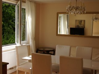 Luxury, central, quiet 107qm-apartment