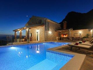 ERHOLUNG PUR! Tolles Steinhaus mit Pool und Meerblick, ideal fur Familienurlaub!