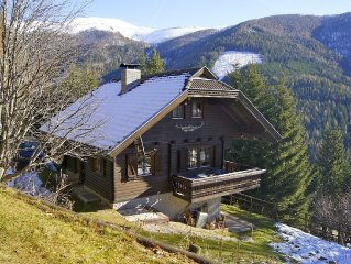Idyllic Block House, firsthand at the forest, only a walk to the Ski Lift