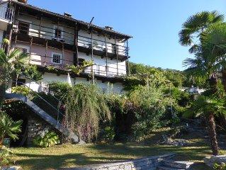 Romantisches Tessiner Ferienhaus am Lago Maggiore mit traumhaftem Seeblick
