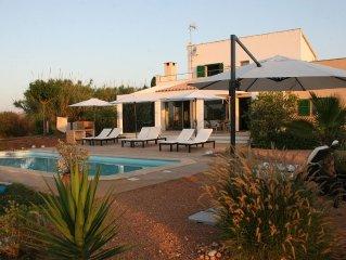 Moderne Finca bei Porreres in idyllischer Alleinlage mit Pool und viel Platz
