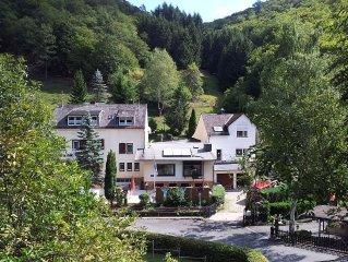 3 - Sterne Ferien - und Selbstversorgerhaus m. Pool und Sauna / Nahe Loreley