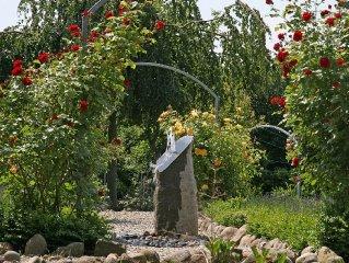 Hochwertig-modern, ca. 65qm, gr. Garten, exklusive Einrichtung, wirkl. gr. Bad