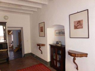 Modern renoviertes, komfortables Ferienhaus mit historischem Charme