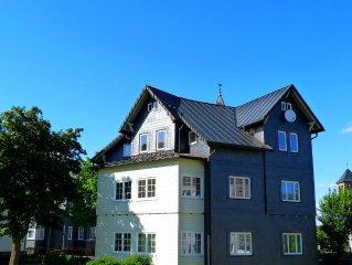 alte Villa mit 3 Ferienwohnungen, modernisiert,  HDTV,  in 900 m vom Rennsteig