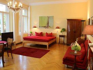 Ruhige Ferienwohnung nahe dem historischem Zentrum in einer Villa an der Elbe